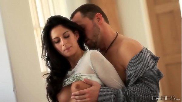 Babes.com – LOVE BETWEEN ROOMS (Nikki Daniels)